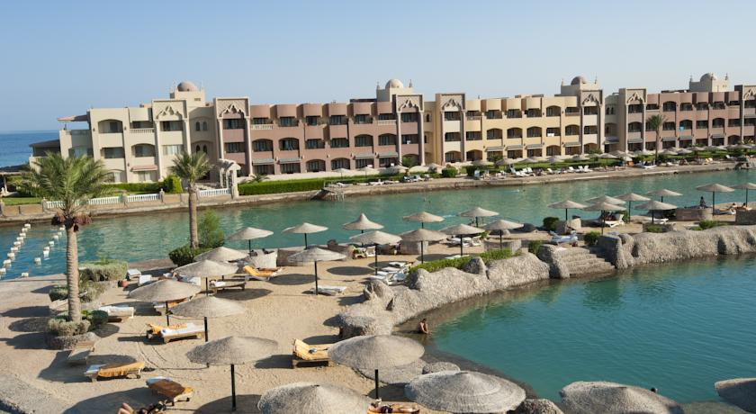 sunny_days_el_palacio02