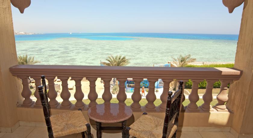 sunny_days_el_palacio07