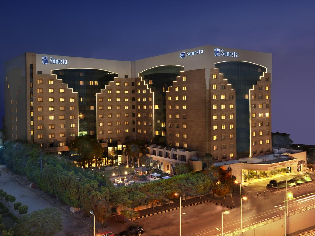 فندق هيلتون رمسيس 5 نجوم