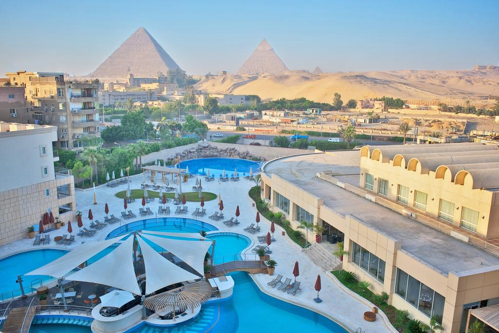 فندق لو ميرديان الاهرامات 5 نجوم القاهرة