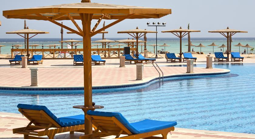 فندق لاجونا بيتش ريزورت مرسي علم 4 نجوم
