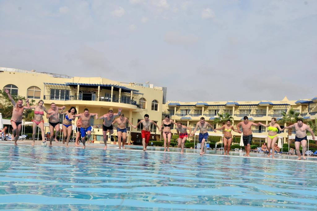 رحلات شهر العسل في فندق جراند اويزيس شرم الشيخ