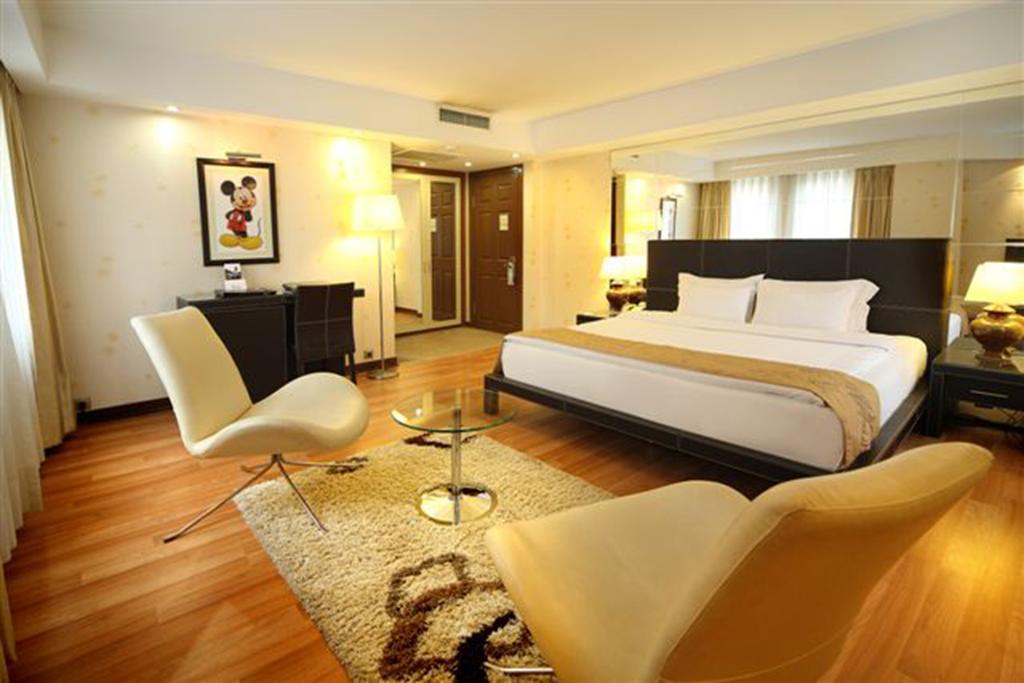 فندق كارتون 4 نجوم تكسيم اسطنبول تركيا